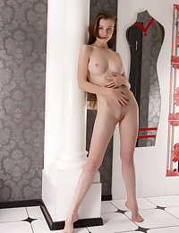 Emily Bloom nude in erotic EOLMA gallery - MetArt.com