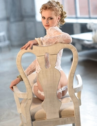 Pyntura featuring Angelika D by Paromov