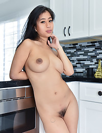 Nudes In The Kitchen photo #1