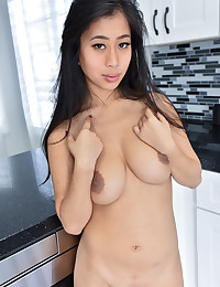 Nudes In The Kitchen photo #4