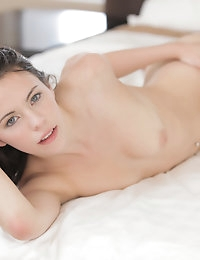 20532 - Nubile Films - All Wound Up photo #9