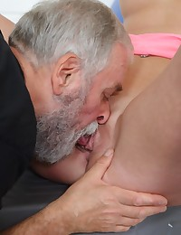 Gym brings sex addicts together photo #5