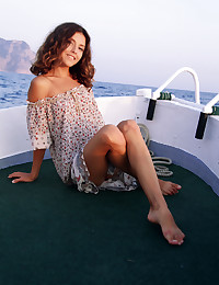 Naked beauty on the sea photo #1