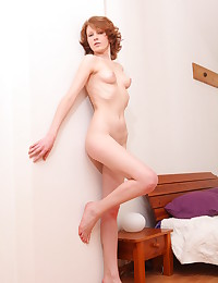 Nude slim babe in bed photo #18