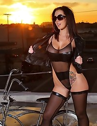 Jayden Jaymes Roof top romp Hot blond anal sex huge ass, Reality Porn Sites - Reality Kings photo #4