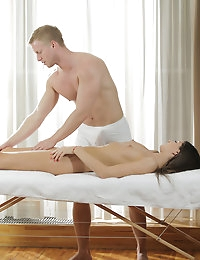 22758 - Nubile Films - Smooth Moves photo #1