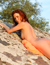 Renata in Sunset | avErotica.com photo #7